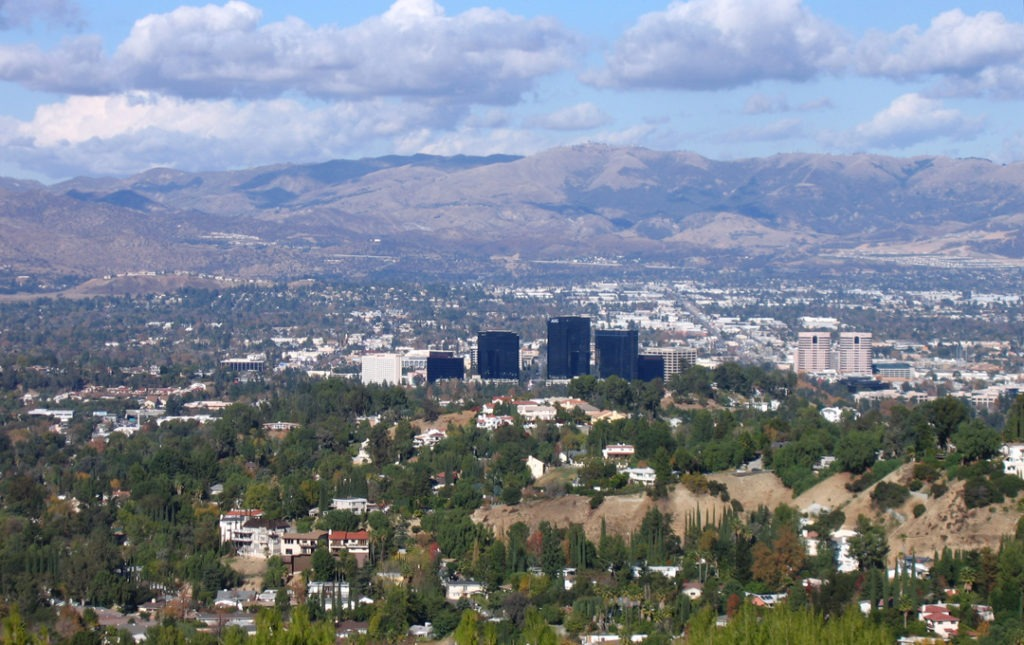 moving company Woodland Hills